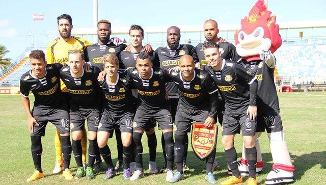 rsz_strikers_uniforme_negro_2 (2)